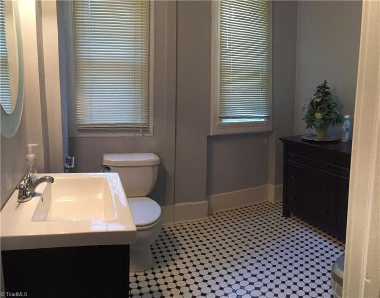 200 e. bessemer avenue bathroom.jpg