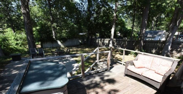 2412 sylvan road back yard.jpg