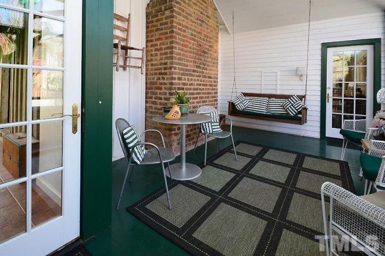 2440 glencoe street sitting room.jpg