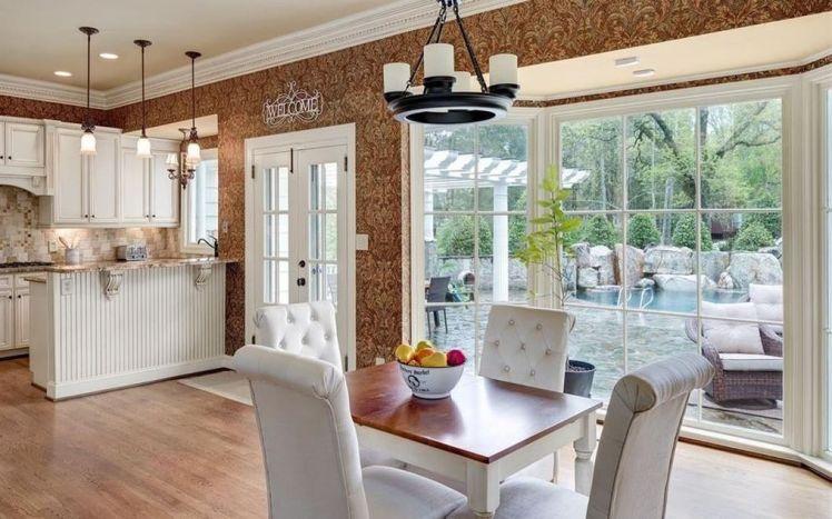 3000 w. sedgefield kitchen 1.jpg