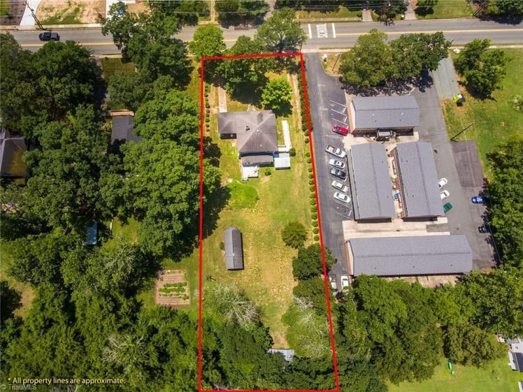 524 church street aerial.jpg