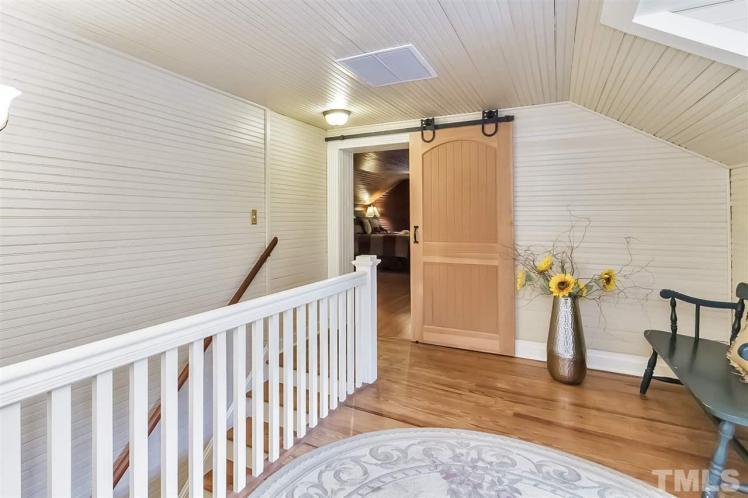 kivette house hallway