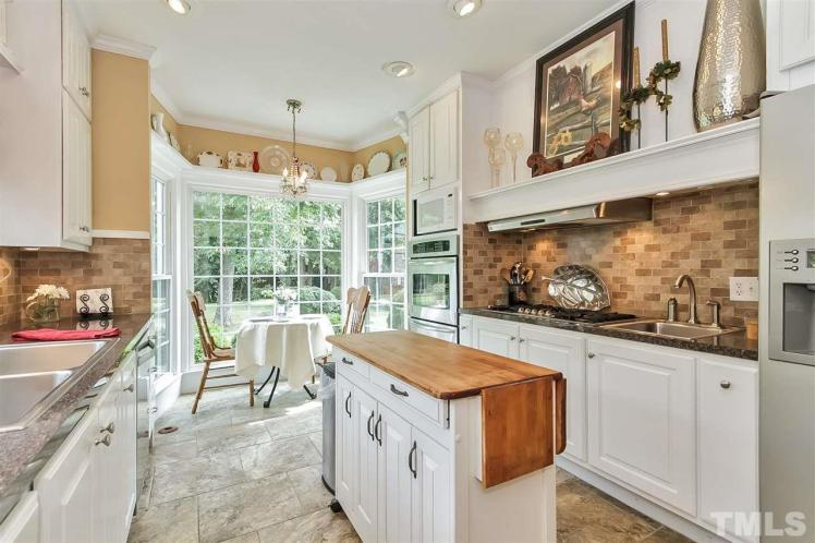 kivette house kitchen